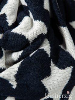 zwillingsherz-dreieckstuch-mit-kaschmir-marine-blau-sterne-weiss-1