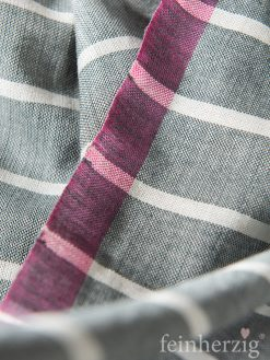seaside-factory-schal-tuch-leentje-grau-pink-streifen-mit-gekordelten-fransen-1