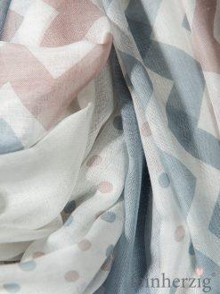 xl-schal-tuch-blau-rosa-modal-mit-fransen-loomers-bernadette-1