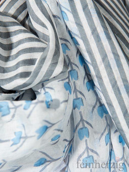 xl-schal-tuch-blau-blumen-und-streifen-modal-mit-fransen-loomers-evelyn-1