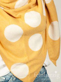 zwillingsherz-dreieckstuch-mit-kaschmir-gelb-mit-grossen-punkten-1