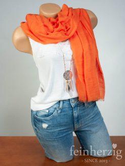 schal-tuch-aus-viskose-orange-mit-fransen-feinherzig-basic-collection