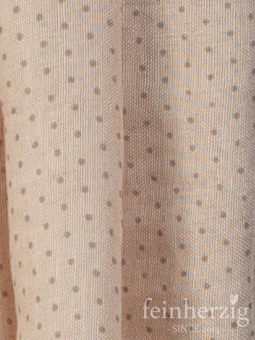 schal-tuch-aus-viskose-khaki-mit-kleinen-punkten-und-fransen-feinherzig-basic-collection-1