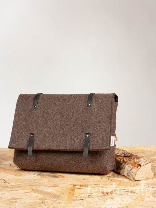 filz-messenger-bag-braun-1