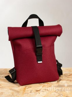 filz-rucksack-bordeaux-rot-roll-top-backpack-1
