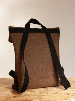 filz-rucksack-braun-roll-top-backpack-3