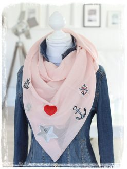 halstuch mit patches wie anker herz und stern mit pailletten in rosa