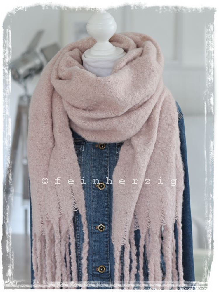 Angedeuteter Schal, Fransen am Saum, Karomuster bei OTTO. Finde diesen Pin und vieles mehr auf Fashion (latest) von OTTO Fashion & Lifestyle. Mehr sehen. Handwoven long fringed scarf shawl Saori weaving Boho wool warm winter scarf Handmade woven .