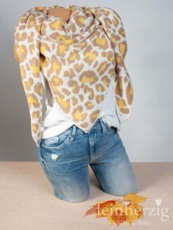 zwillingsherz-dreieckstuch-leo-mit-kaschmir-beige-gelb-kante-in-wollweiss