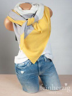 zwillingsherz-dreieckstuch-mit-kaschmir-gelb-grau-wollweiss-1